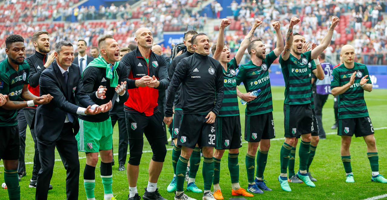 Arka Gdynia 1-2 Legia Warszawa - fot. Piotr Galas (zdjęcie 77 z 142)