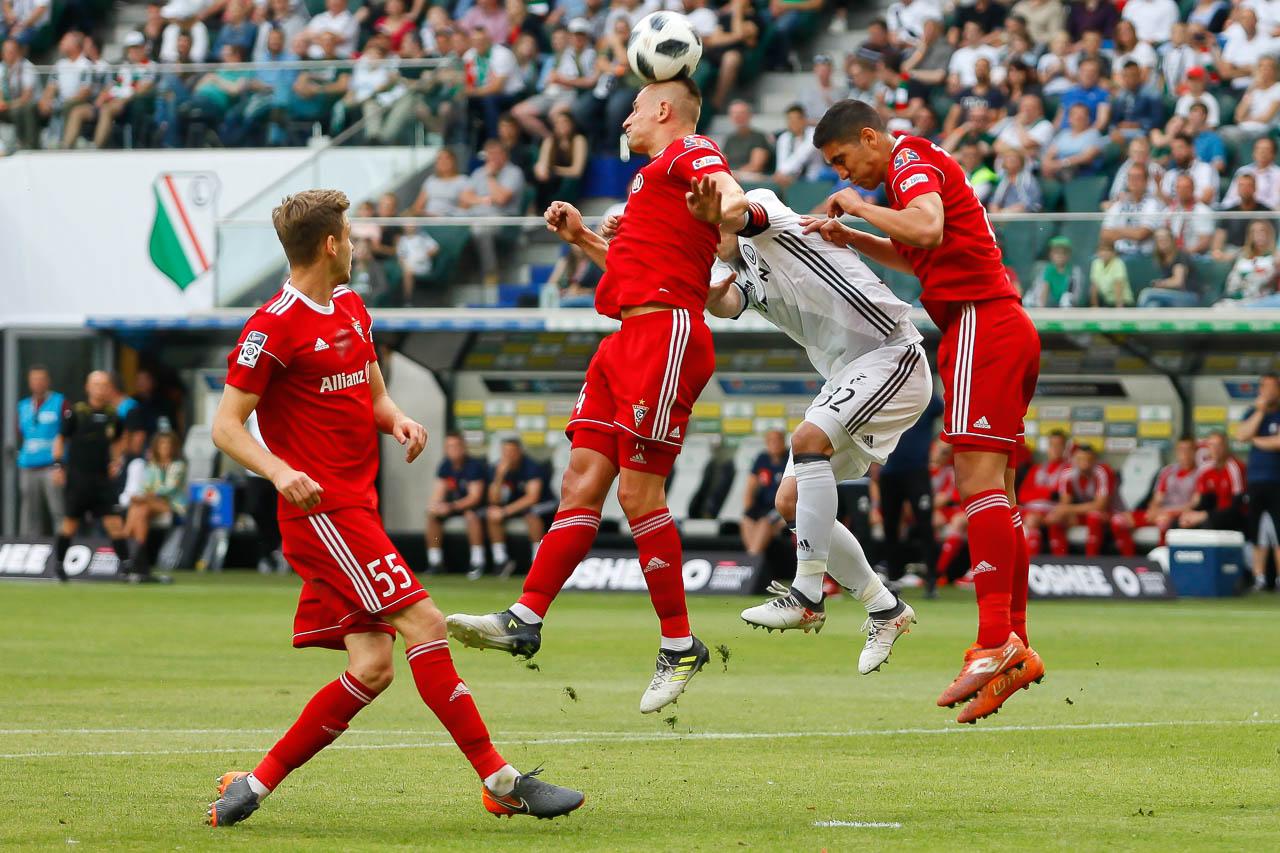 Legia Warszawa 2-0 Górnik Zabrze - fot. Piotr Galas (zdjęcie 16 z 83)
