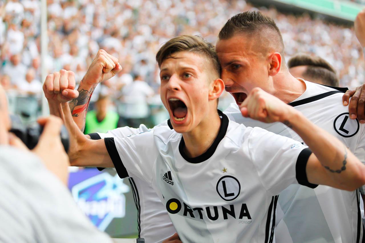 Legia Warszawa 2-0 Górnik Zabrze - fot. Piotr Galas (zdjęcie 37 z 83)