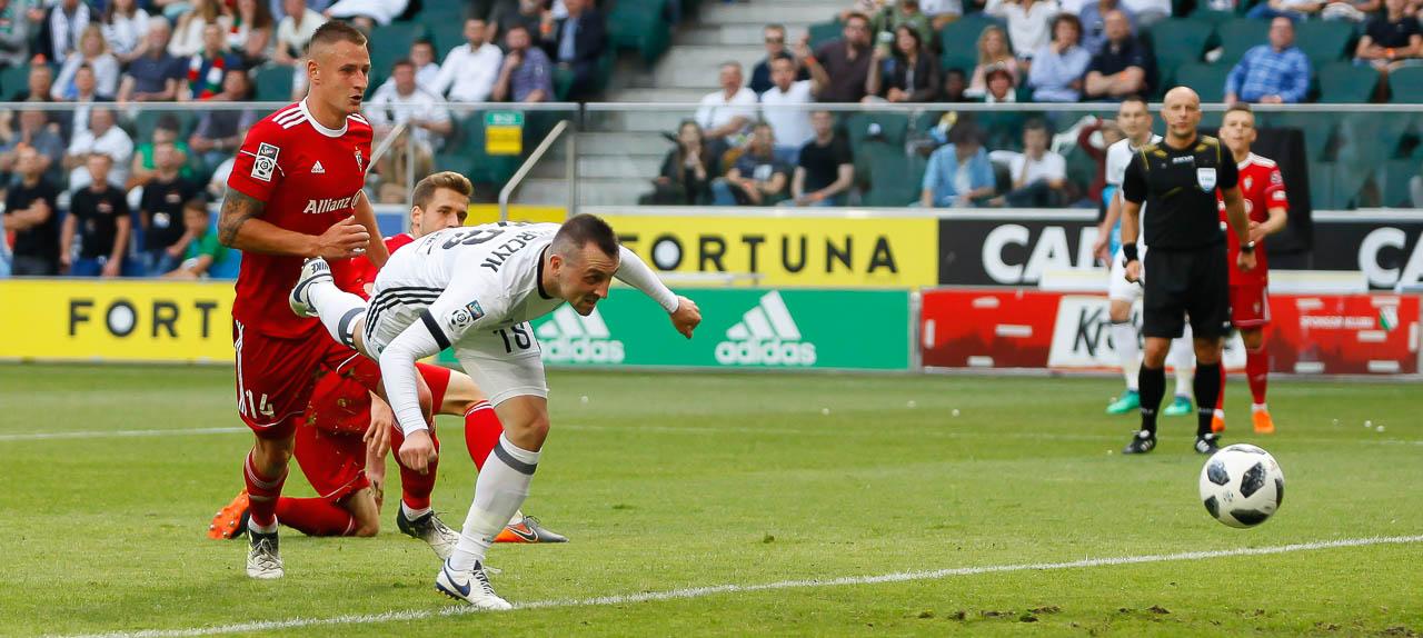 Legia Warszawa 2-0 Górnik Zabrze - fot. Piotr Galas (zdjęcie 46 z 83)