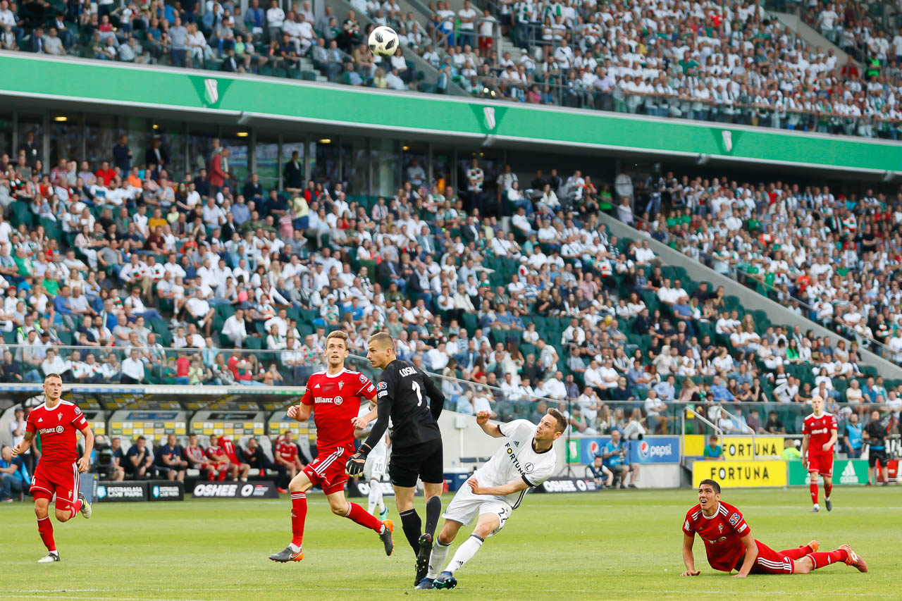 Legia Warszawa 2-0 Górnik Zabrze - fot. Piotr Galas (zdjęcie 65 z 83)