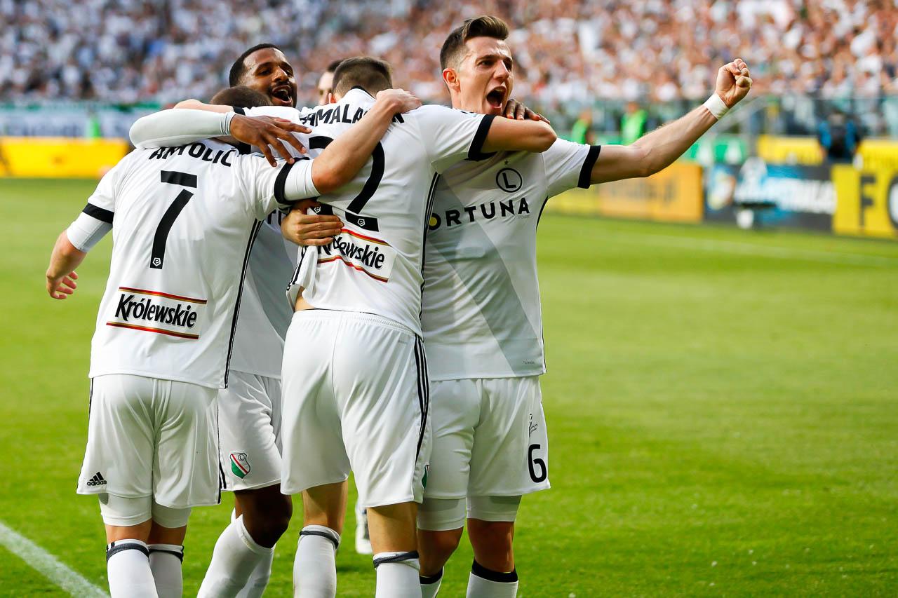 Legia Warszawa 2-0 Górnik Zabrze - fot. Piotr Galas (zdjęcie 68 z 83)