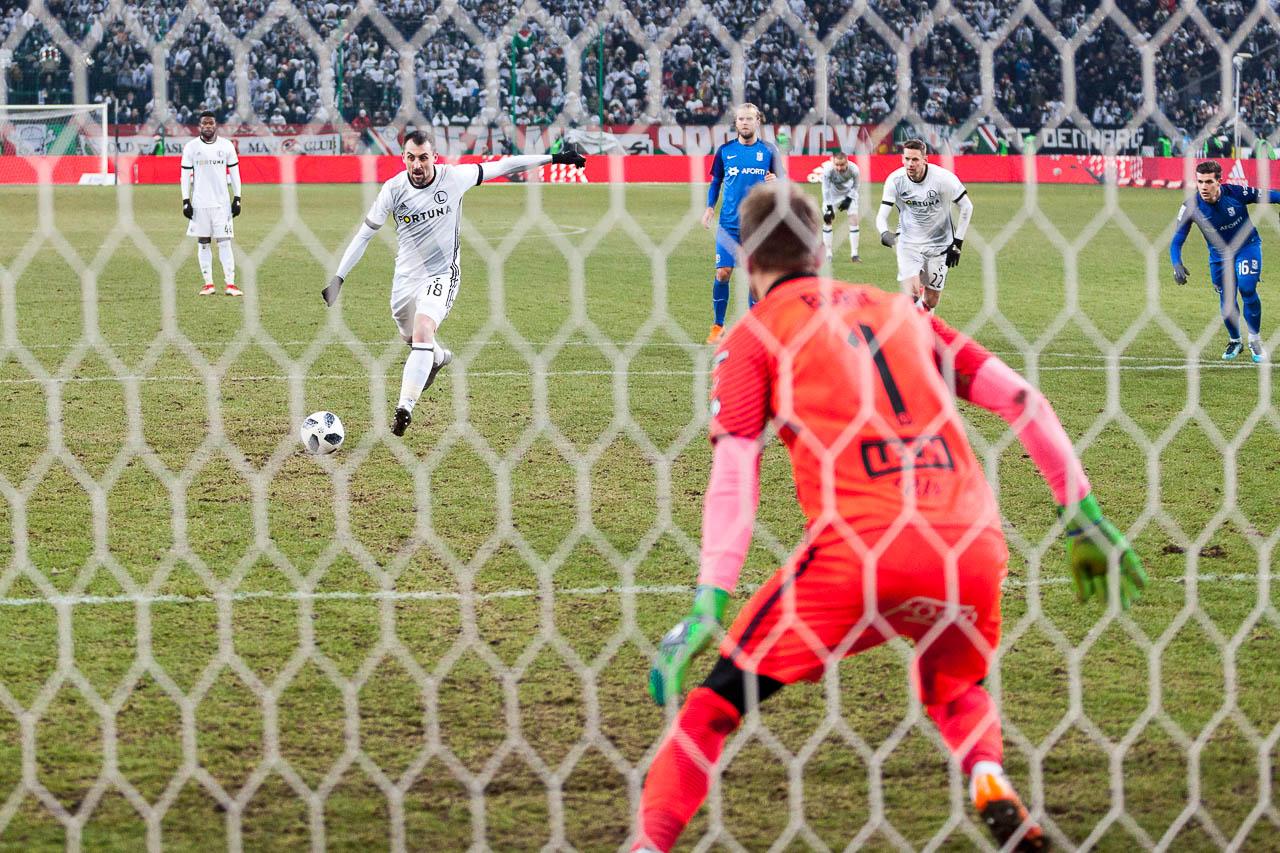 Legia Warszawa 2-1 Lech Poznań - fot. Piotr Galas (zdjęcie 77 z 94)