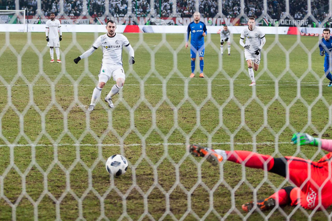 Legia Warszawa 2-1 Lech Poznań - fot. Piotr Galas (zdjęcie 79 z 94)