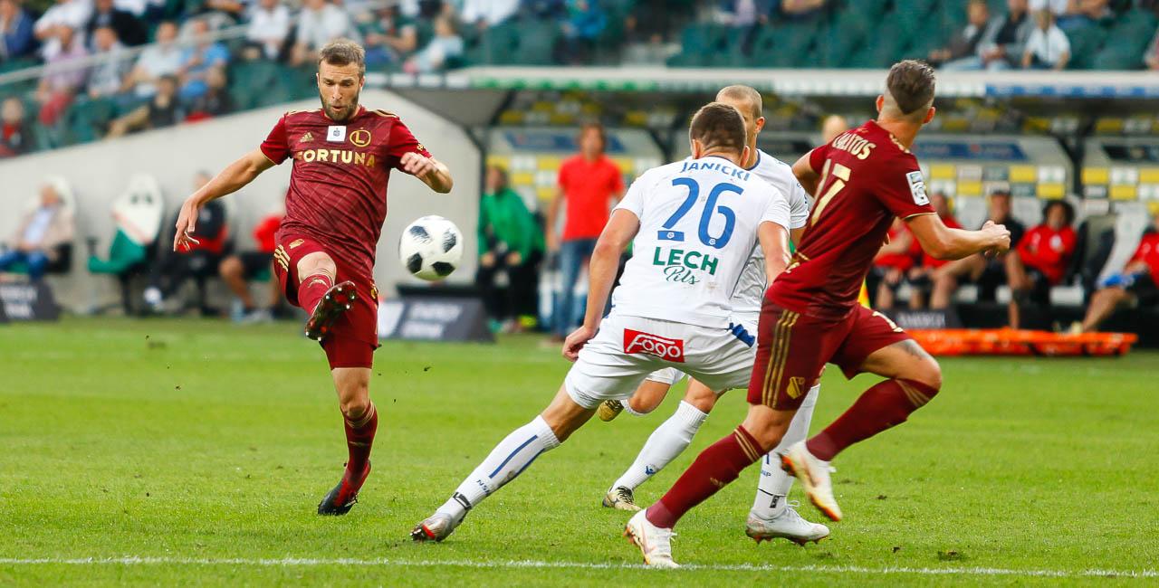 Legia Warszawa 1-0 Lech Poznań - fot. Piotr Galas (zdjęcie 53 z 105)