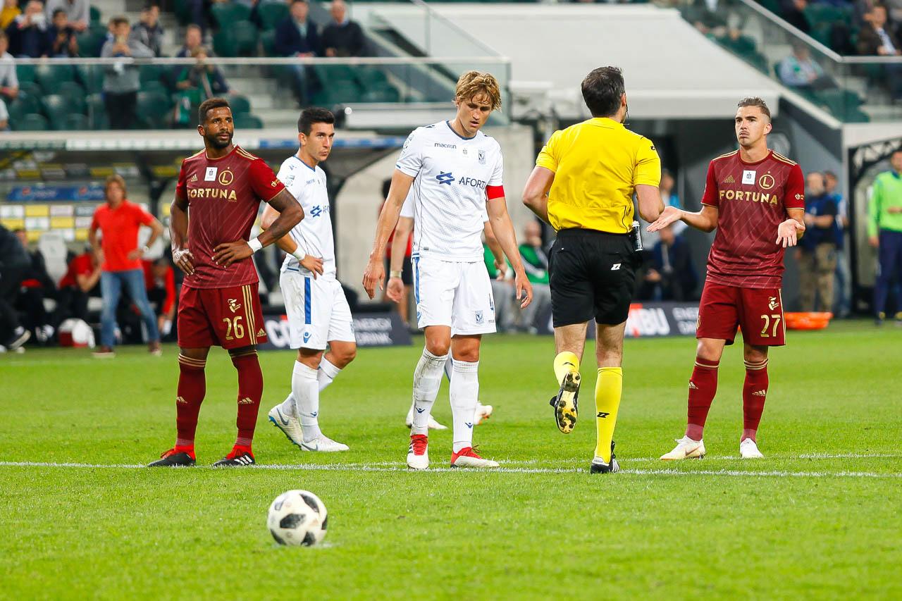 Legia Warszawa 1-0 Lech Poznań - fot. Piotr Galas (zdjęcie 86 z 105)