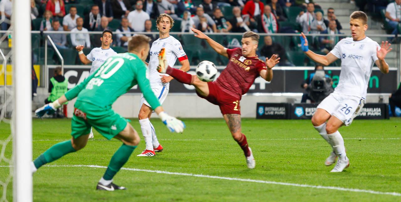 Legia Warszawa 1-0 Lech Poznań - fot. Piotr Galas (zdjęcie 90 z 105)