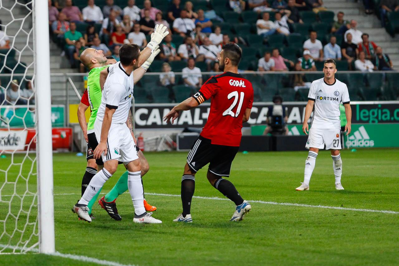 Legia Warszawa 0-2 Spartak Trnava - fot. Piotr Galas (zdjęcie 56 z 84)