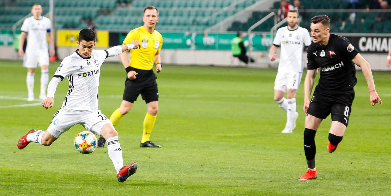 Legia Warszawa 1-0 Cracovia - fot. Piotr Galas (zdjęcie 24 z 89)
