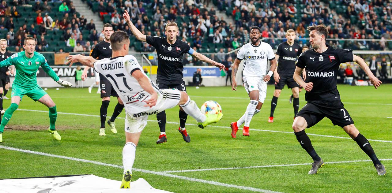 Legia Warszawa 1-0 Cracovia - fot. Piotr Galas (zdjęcie 55 z 89)