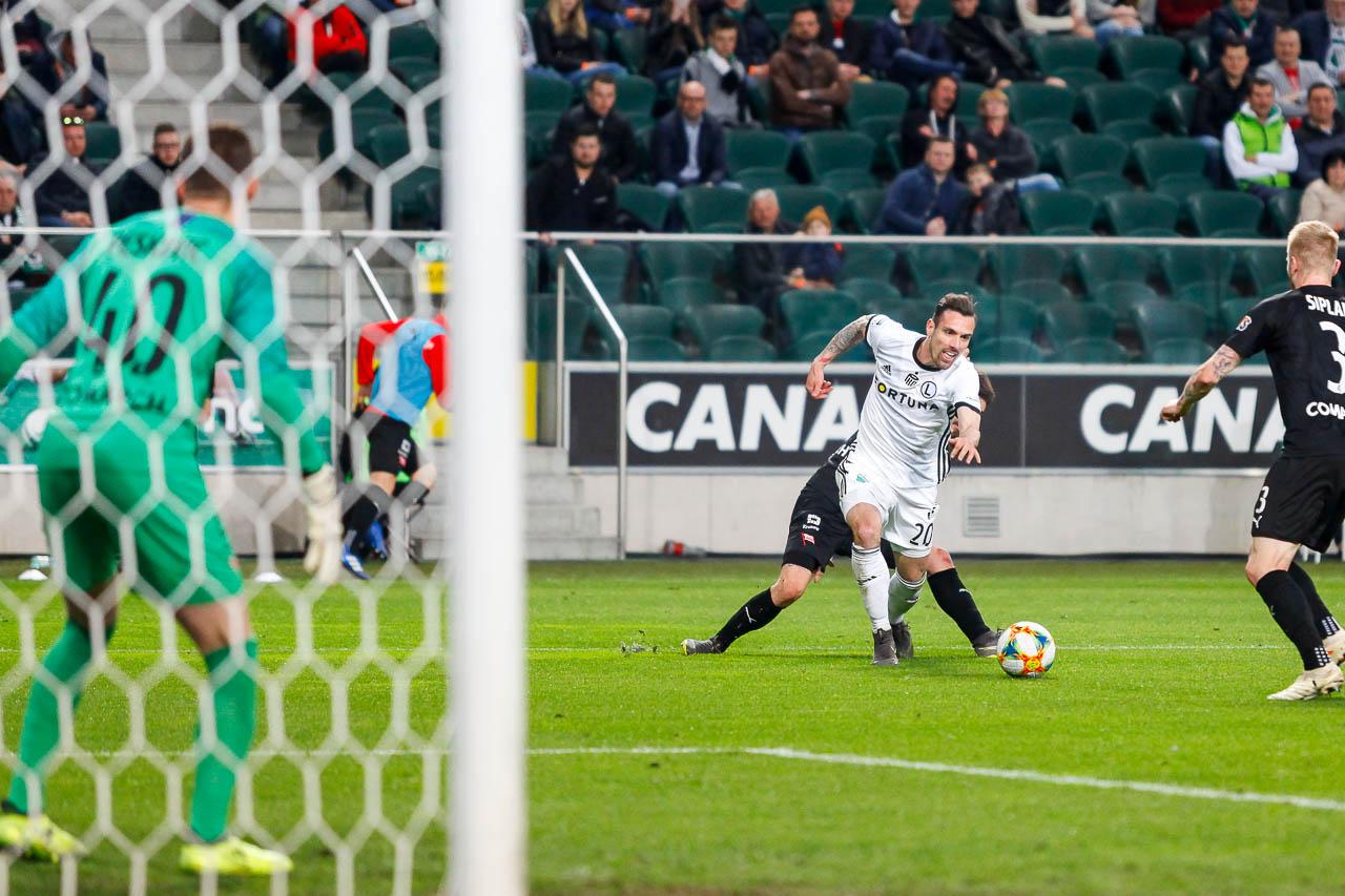 Legia Warszawa 1-0 Cracovia - fot. Piotr Galas (zdjęcie 64 z 89)