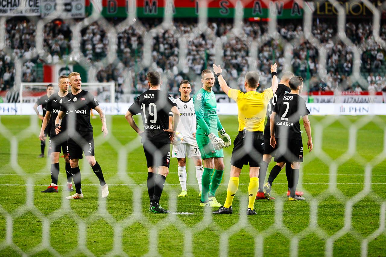 Legia Warszawa 1-0 Cracovia - fot. Piotr Galas (zdjęcie 69 z 89)