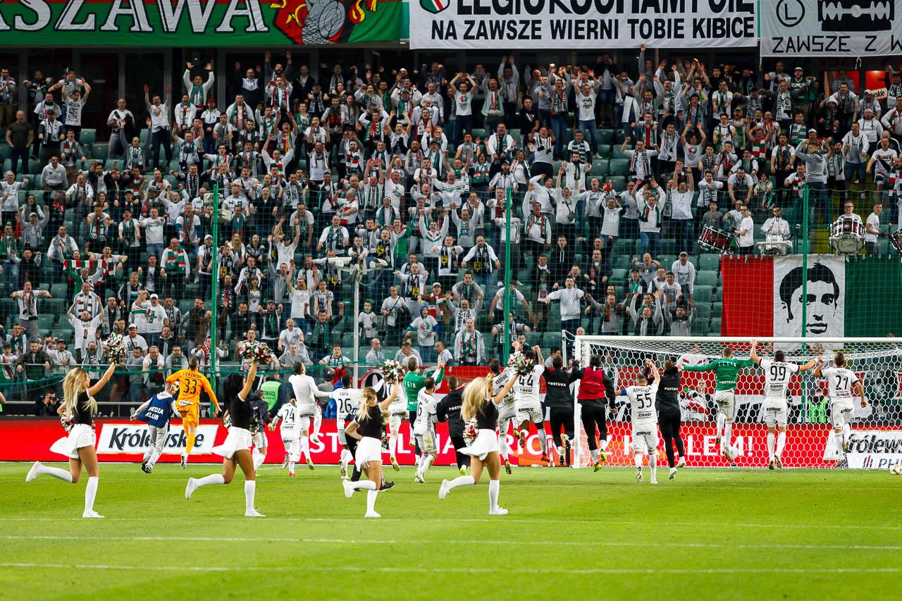 Legia Warszawa 1-0 Cracovia - fot. Piotr Galas (zdjęcie 80 z 89)