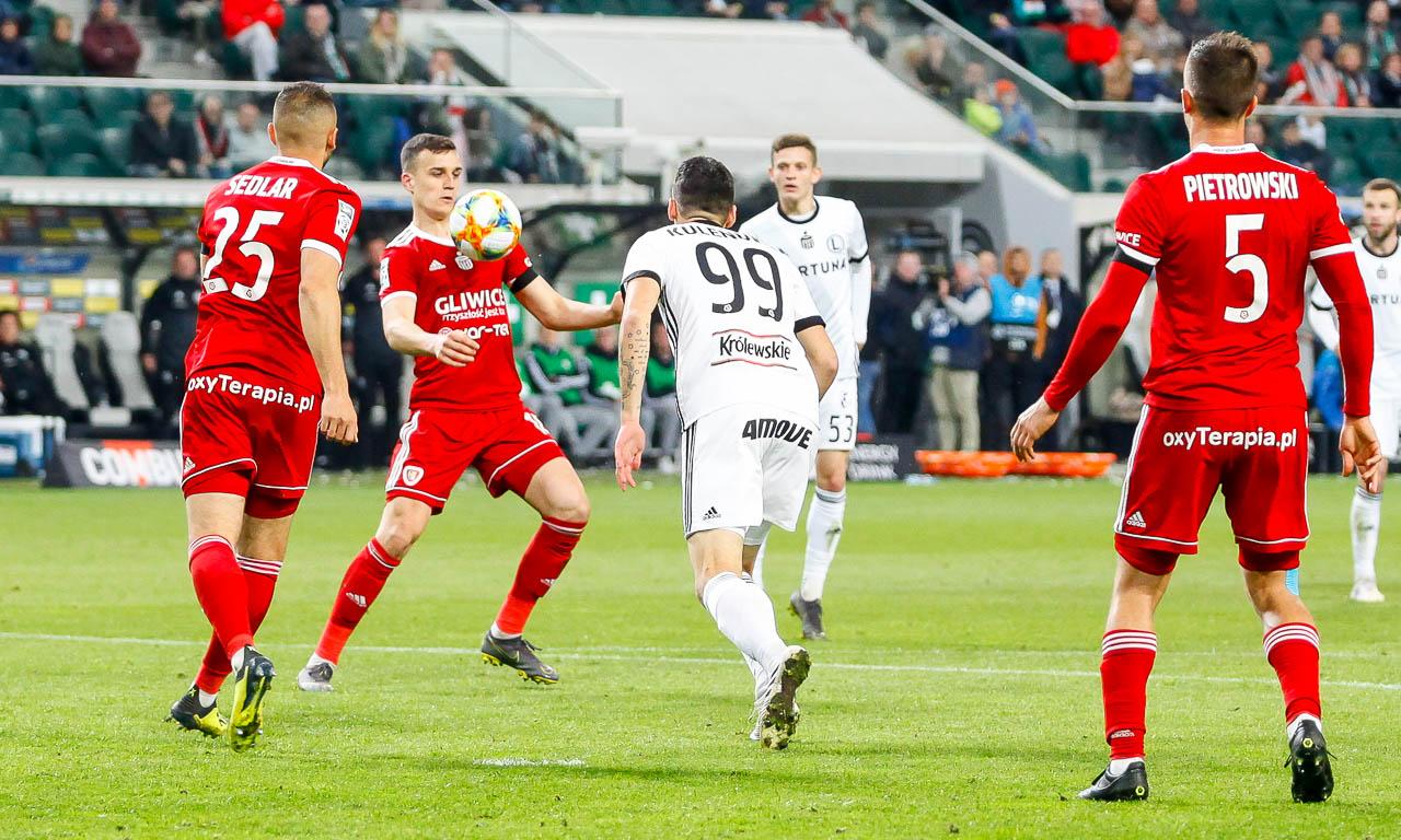 Legia Warszawa 0-1 Piast Gliwice - fot. Piotr Galas (zdjęcie 60 z 72)