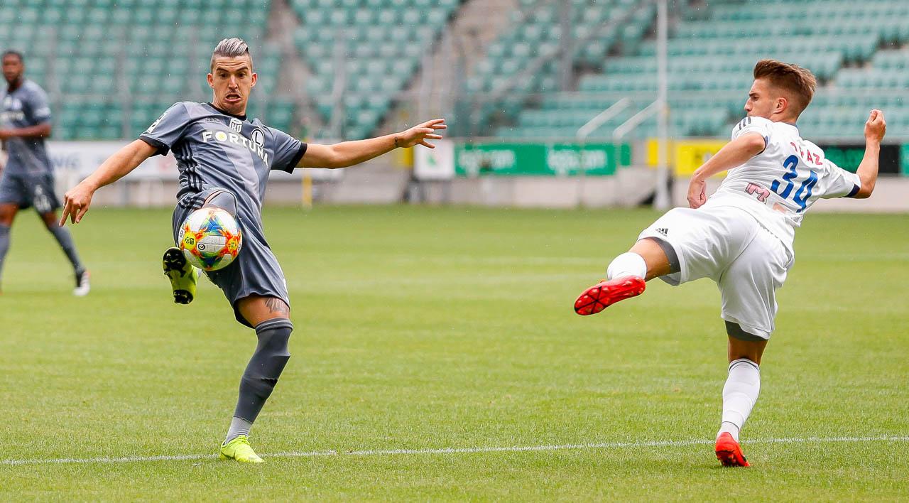 Sparing: Legia Warszawa 6-0 Pogoń Siedlce - fot. Piotr Galas (zdjęcie 17 z 64)