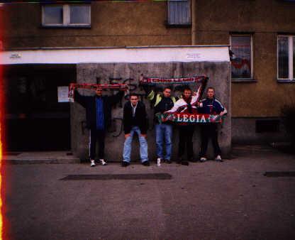 Kibice przed meczem przyjaźni -- fot. Łukasz Puchalski