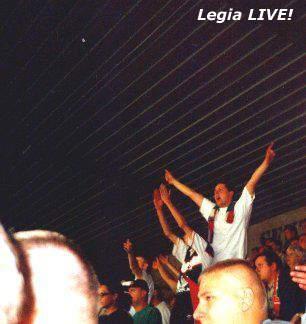 Lecz chwilę później Marcin Mieciel trafił do siatki rywali, co wprawiło kibicow w euforię i olbrzymią radość. Tak było już do końca meczu. -- fot. Jacek Filipiuk