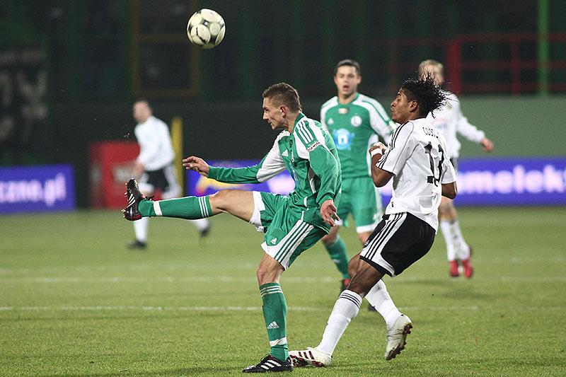 GKS Bełchatów 0-1 Legia Warszawa - fot. Piotr Galas (zdjęcie 18 z 69)