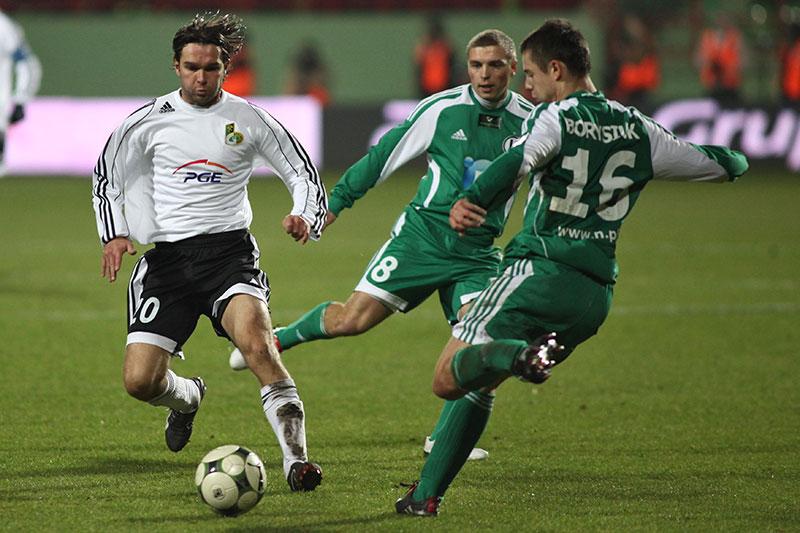 GKS Bełchatów 0-1 Legia Warszawa - fot. Piotr Galas (zdjęcie 32 z 69)