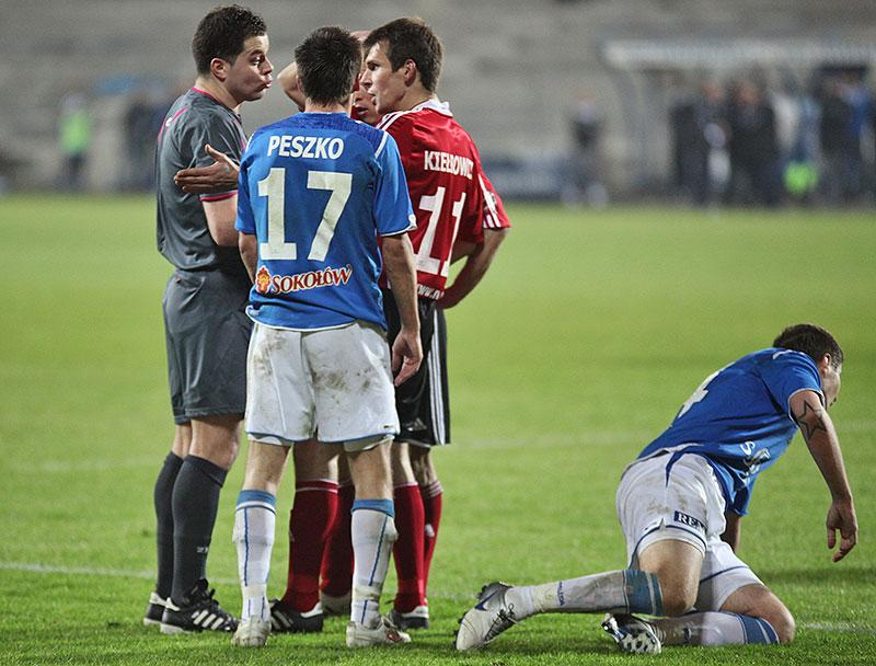 Lech Poznań 1-0 Legia Warszawa - fot. Piotr Galas (zdjęcie 24 z 26)