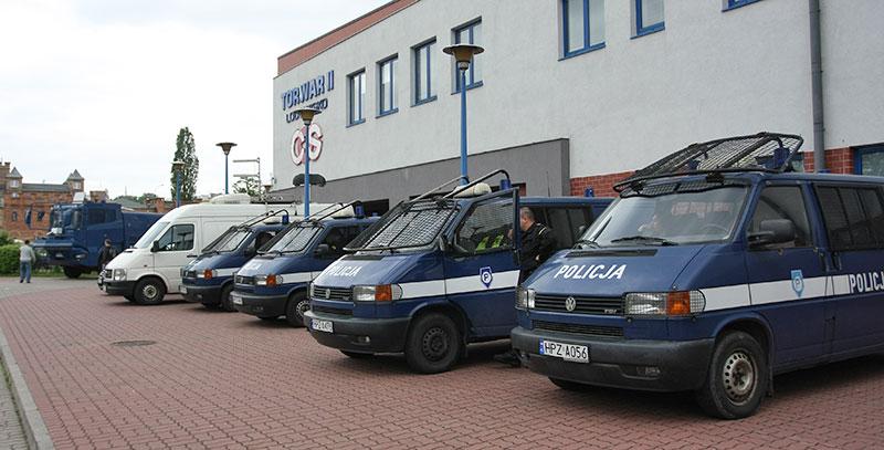 Pikieta kibiców Legii Warszawa - fot. Piotr Galas (zdjęcie 16 z 55)