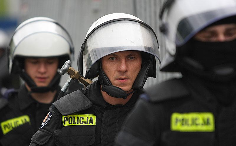 Pikieta kibiców Legii Warszawa - fot. Piotr Galas (zdjęcie 25 z 55)