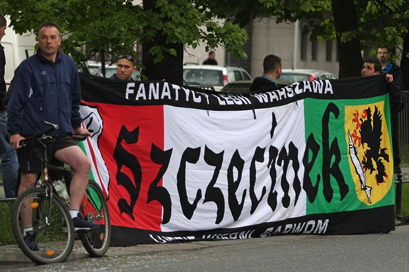 Pikieta kibiców Legii Warszawa - fot. Piotr Galas (zdjęcie 28 z 55)