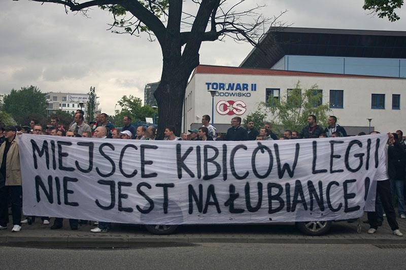 Pikieta kibiców Legii Warszawa - fot. Piotr Galas (zdjęcie 52 z 55)