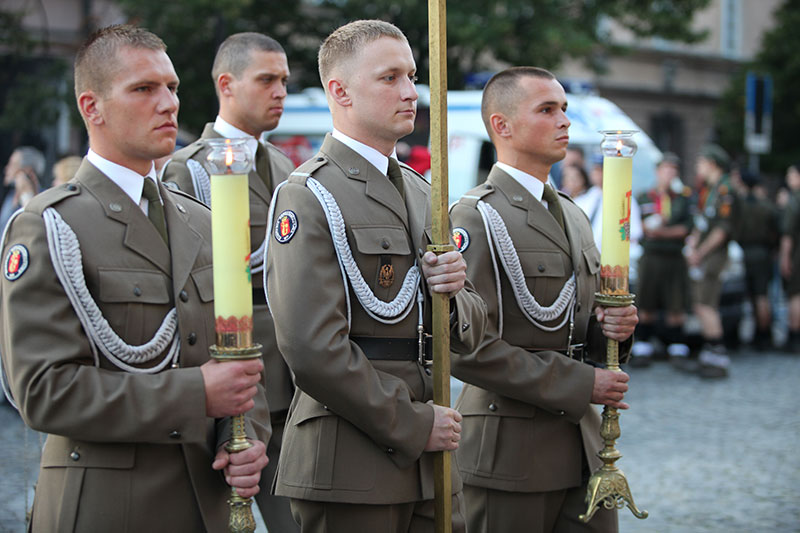 Apel Poległych na pl. Krasińskich - fot. Piotr Galas (zdjęcie 6 z 43)