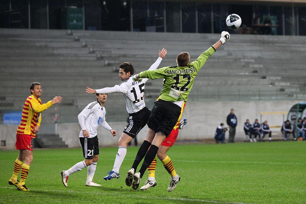 Legia Warszawa 2-0 Jagiellonia Białystok - fot. Piotr Galas (zdjęcie 19 z 77)