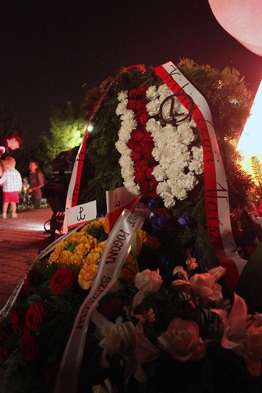 Obchody wybuchu Powstania Warszawskiego na Kopcu Powstania Warszawskiego - fot. Piotr Galas (zdjęcie 29 z 29)