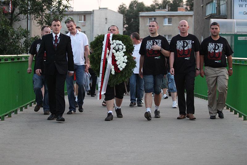 Obchody wybuchu Powstania Warszawskiego na Kopcu Powstania Warszawskiego - fot. Piotr Galas (zdjęcie 6 z 29)