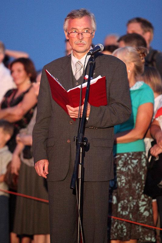 Obchody wybuchu Powstania Warszawskiego na Kopcu Powstania Warszawskiego - fot. Piotr Galas (zdjęcie 9 z 29)