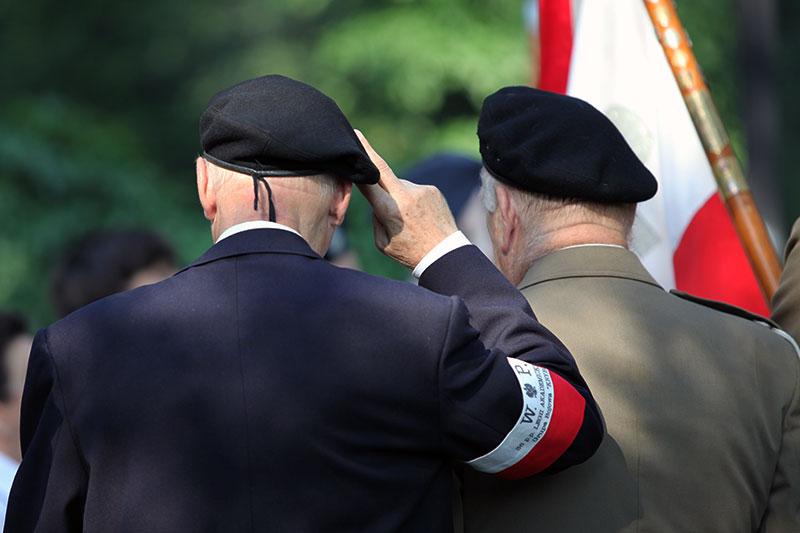 """Godzina """"W"""" na Powązkach Wojskowych - fot. Piotr Galas (zdjęcie 5 z 38)"""