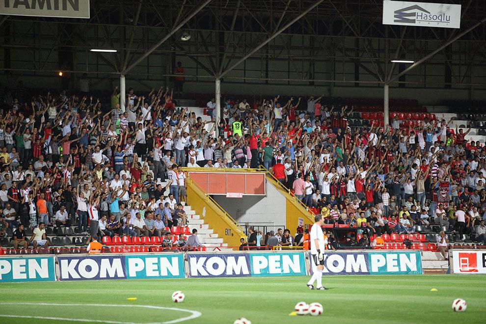 Gaziantepspor 0-1 Legia Warszawa - fot. Piotr Galas (zdjęcie 13 z 89)