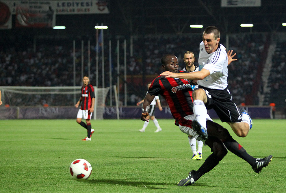 Gaziantepspor 0-1 Legia Warszawa - fot. Piotr Galas (zdjęcie 56 z 89)