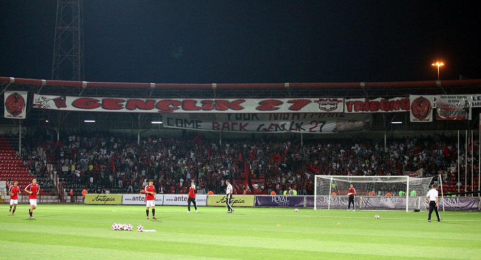 Gaziantepspor 0-1 Legia Warszawa - fot. Piotr Galas (zdjęcie 9 z 89)