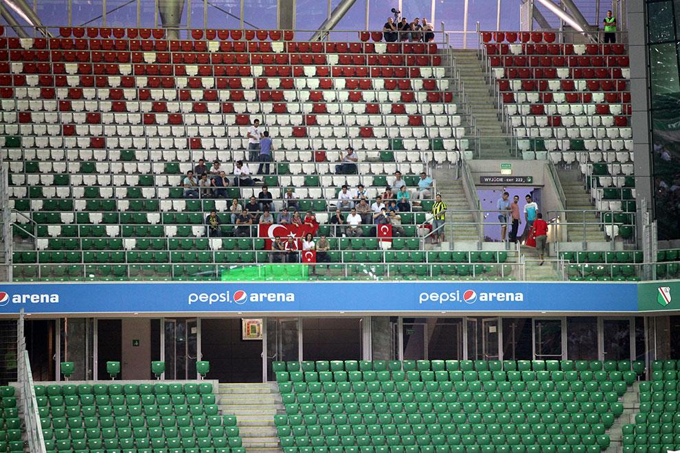 Legia Warszawa 0-0 Gaziantepspor - fot. Piotr Galas (zdjęcie 101 z 133)