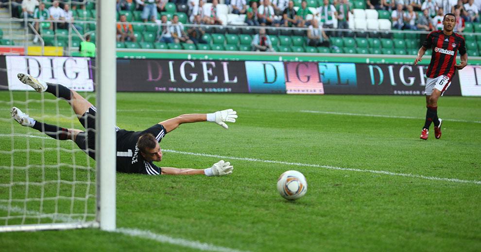 Legia Warszawa 0-0 Gaziantepspor - fot. Piotr Galas (zdjęcie 55 z 133)