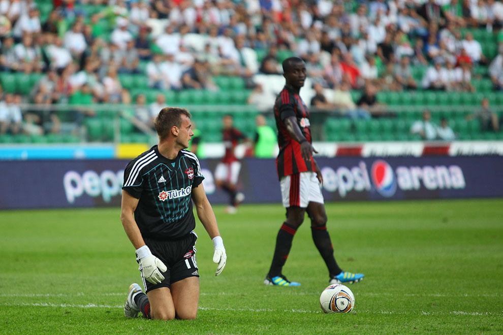 Legia Warszawa 0-0 Gaziantepspor - fot. Piotr Galas (zdjęcie 61 z 133)