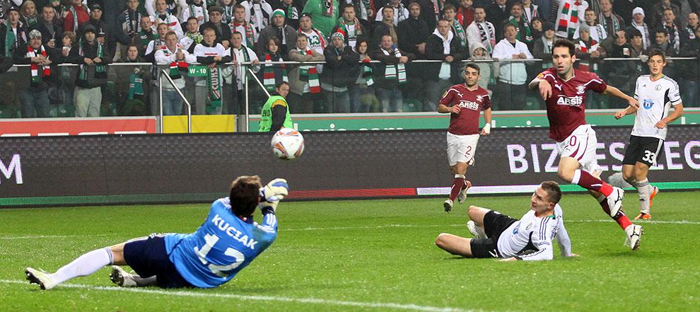 Legia Warszawa 3-1 Rapid Bukareszt - fot. Piotr Galas (zdjęcie 50 z 94)