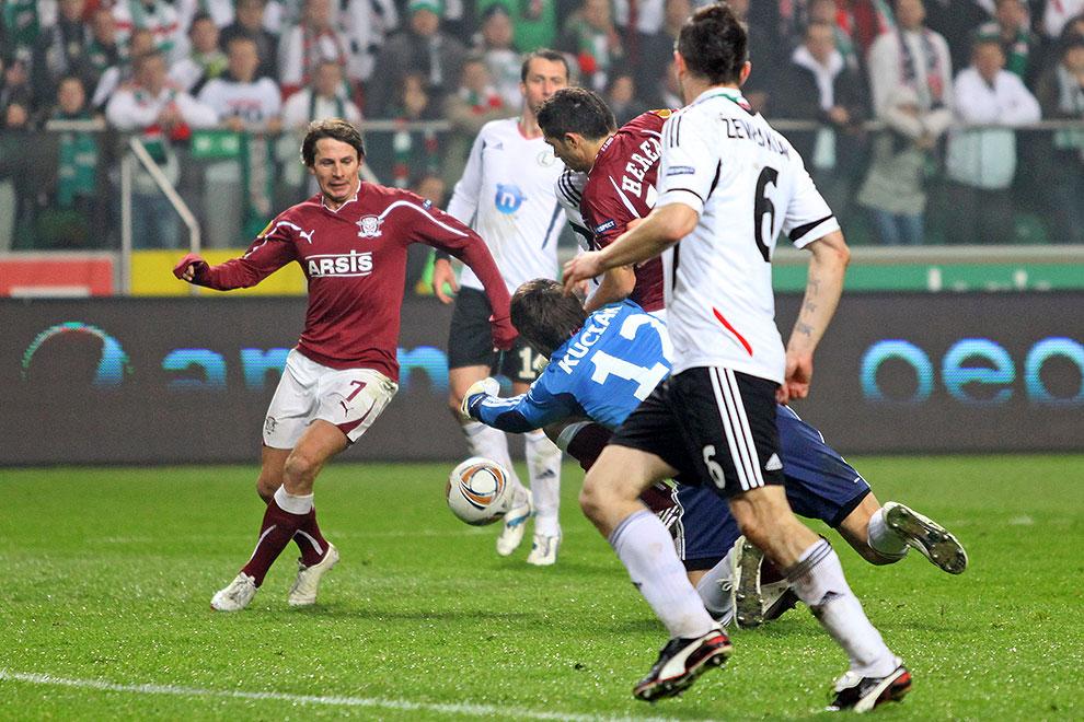 Legia Warszawa 3-1 Rapid Bukareszt - fot. Piotr Galas (zdjęcie 55 z 94)