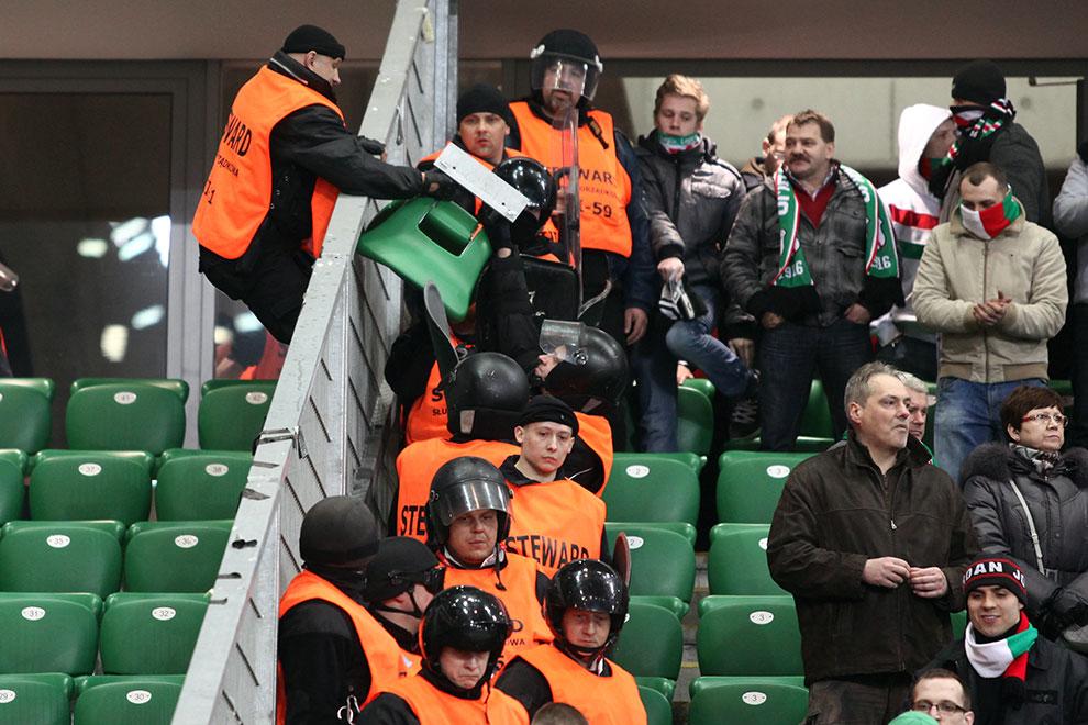 Legia Warszawa 0-0 Polonia Warszawa - fot. Piotr Galas (zdjęcie 37 z 64)