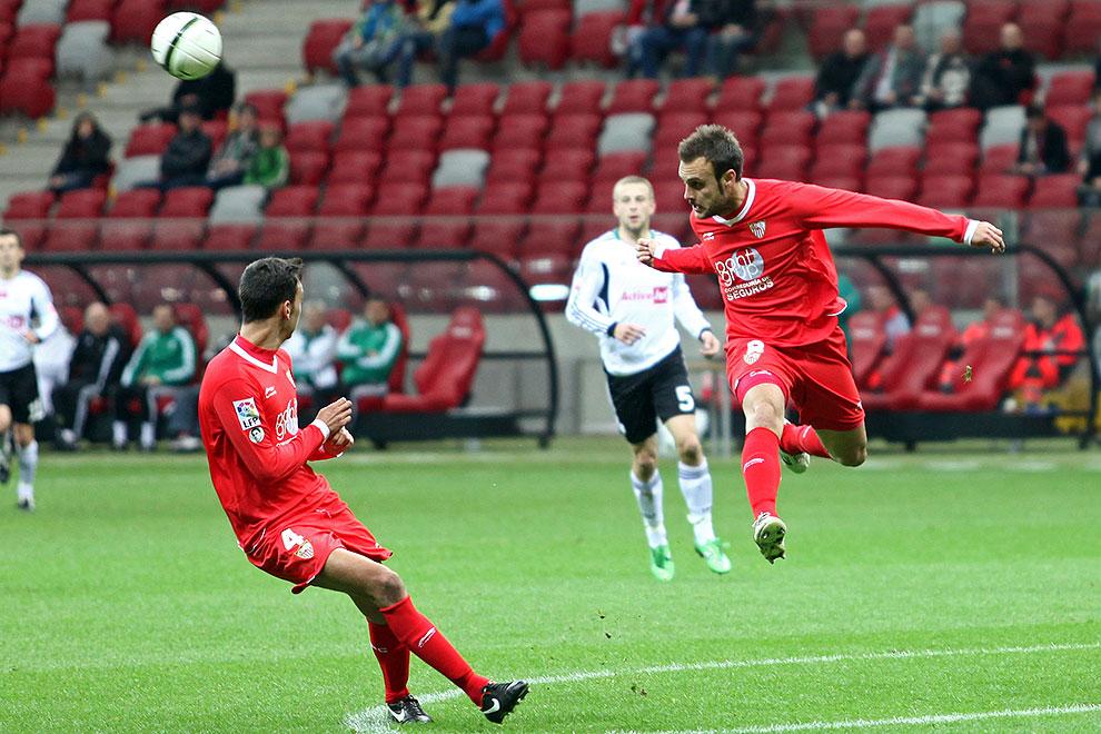 Sparing: Legia Warszawa 0-2 Sevilla FC - fot. Piotr Galas (zdjęcie 31 z 71)