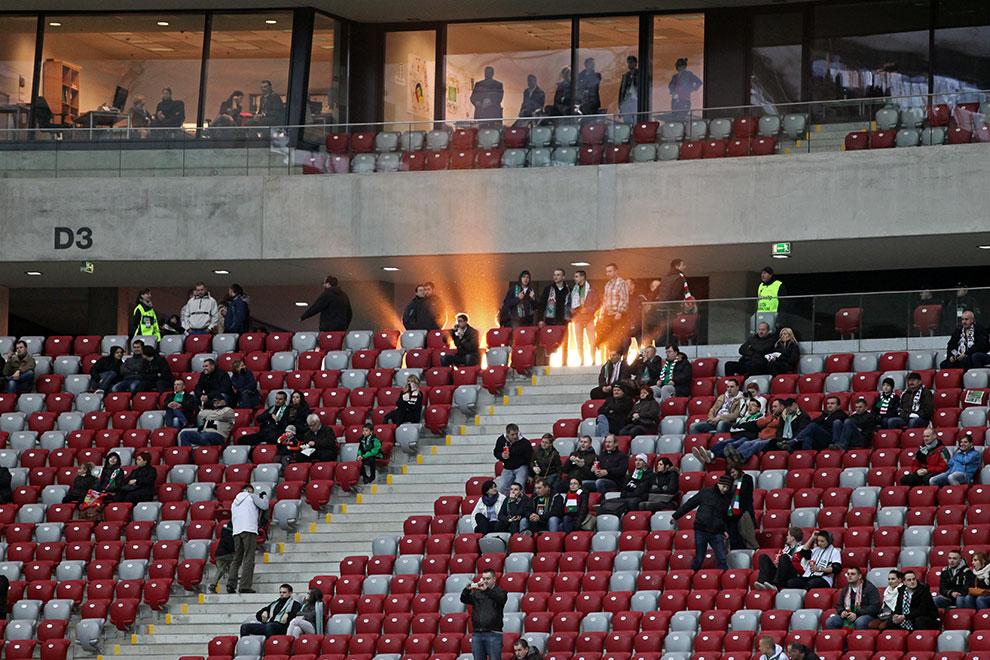 Sparing: Legia Warszawa 0-2 Sevilla FC - fot. Piotr Galas (zdjęcie 45 z 71)