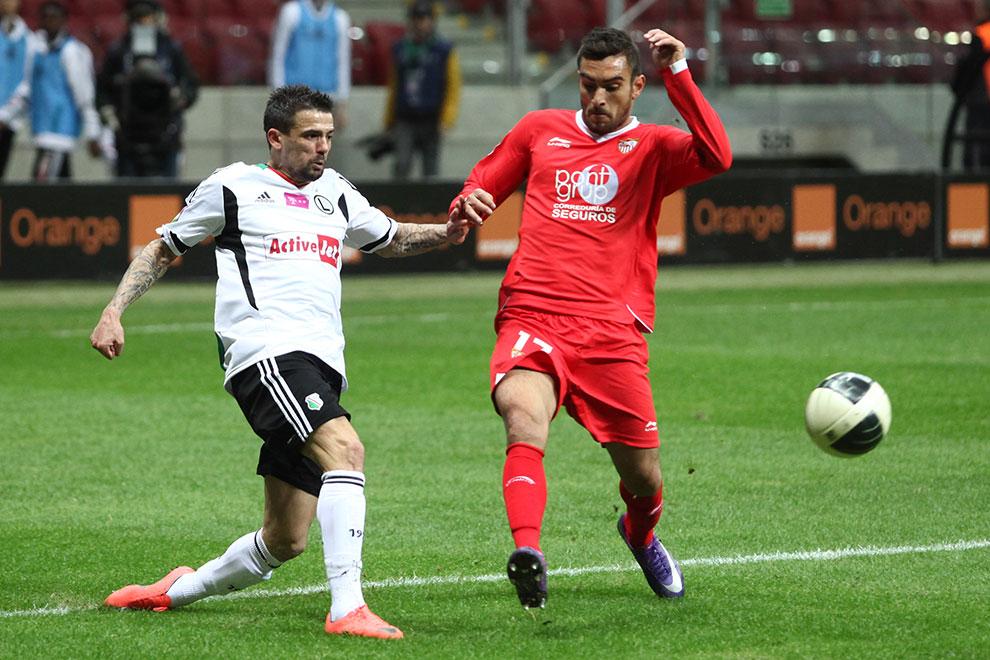 Sparing: Legia Warszawa 0-2 Sevilla FC - fot. Piotr Galas (zdjęcie 50 z 71)