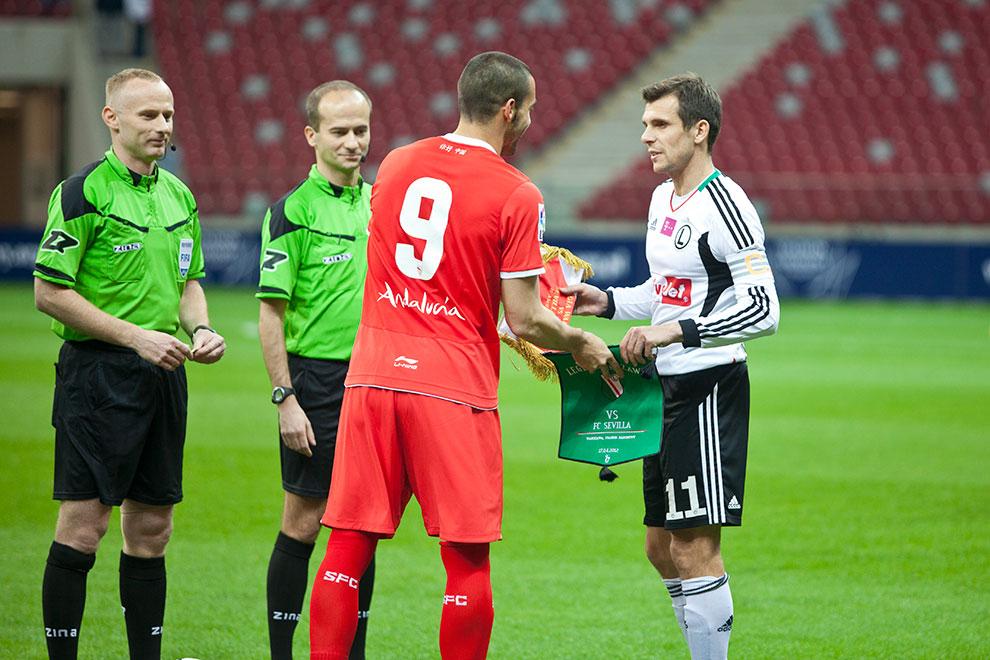 Sparing: Legia Warszawa 0-2 Sevilla FC - fot. Piotr Galas (zdjęcie 9 z 71)