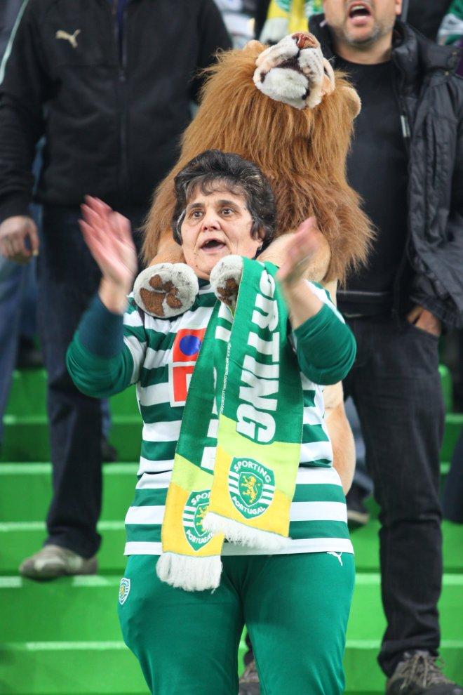 Sporting Lizbona 1-0 Legia Warszawa - fot. Piotr Galas (zdjęcie 14 z 64)