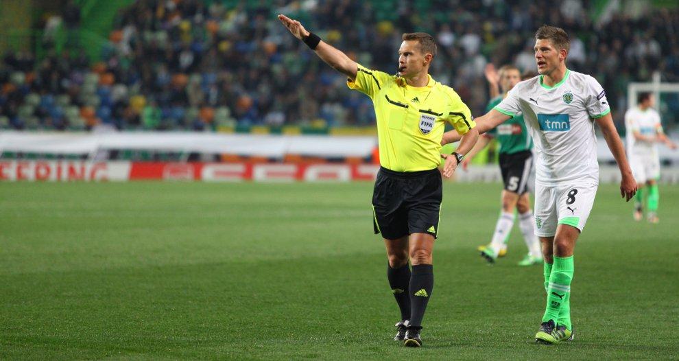 Sporting Lizbona 1-0 Legia Warszawa - fot. Piotr Galas (zdjęcie 18 z 64)