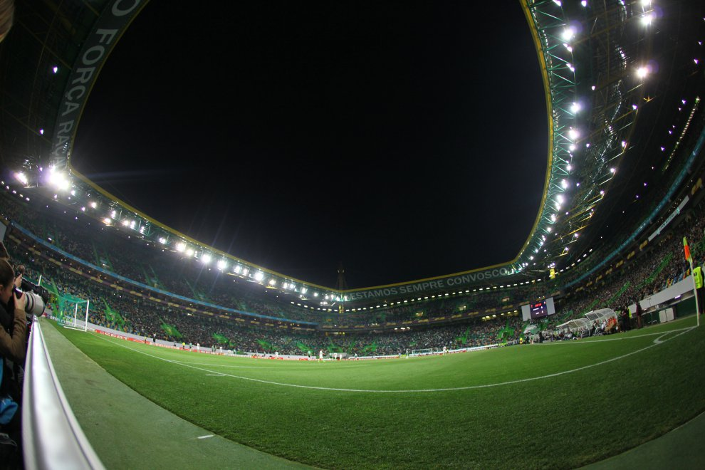 Sporting Lizbona 1-0 Legia Warszawa - fot. Piotr Galas (zdjęcie 43 z 64)